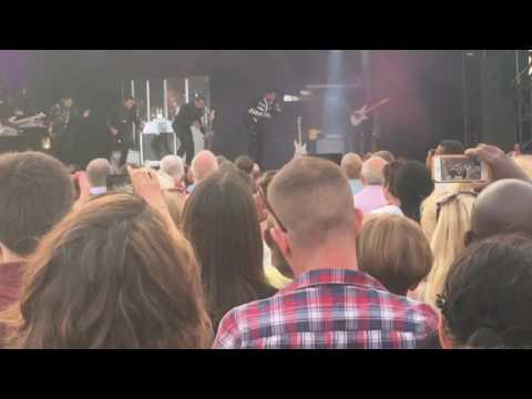 The Jacksons - Can You Feel It/Blame it on the Boogie - Greenwich Music Time 6/7/17