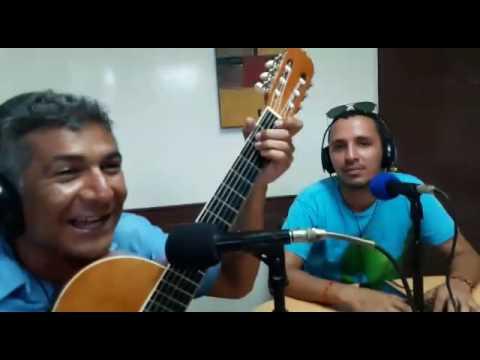 Carlos Araya Parodia de Campeche 107.1 fm lunes jueves 4 pm