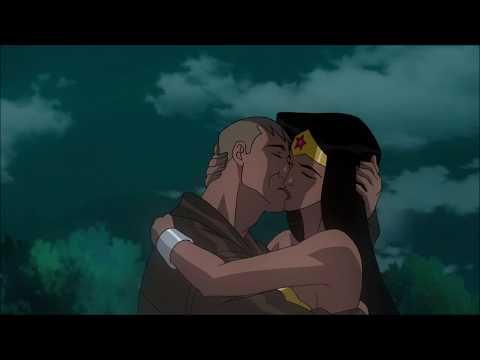 Wonder Woman kisses Steve Trevor | Epic Romance