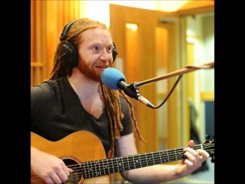 Newton Faulkner - Payphone - Radio 1 Live Lounge HQ