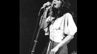 Watch Linda Ronstadt The Dolphins video