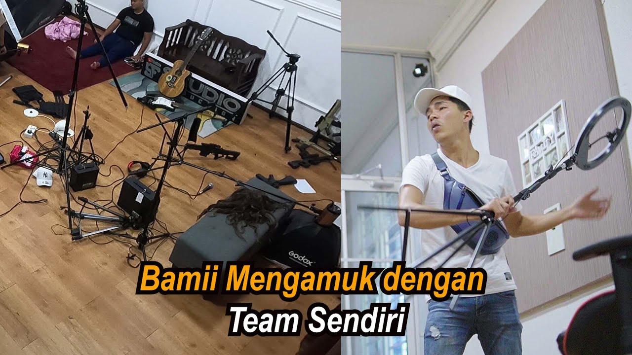Acap Prank Bamii ! : Team Bamii sepahkan Studio Bamii mengamuk macam orang gila..