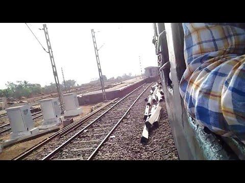 Konkan Railway : 50105 Sindhudurg Passenger Arriving Roha....