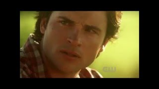 Download Mp3 Smallville Somebody Save Me