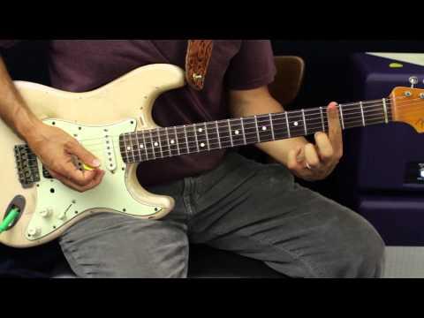 How To Play - Brantley Gilbert - Small Town Throwdown - Guitar Lesson - Justin Moore - Thomas Rhett