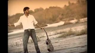 Download Hindi Video Songs - mounam pranayam By Sajan Mediamax ,Vijai Yesudas & Amala Paul