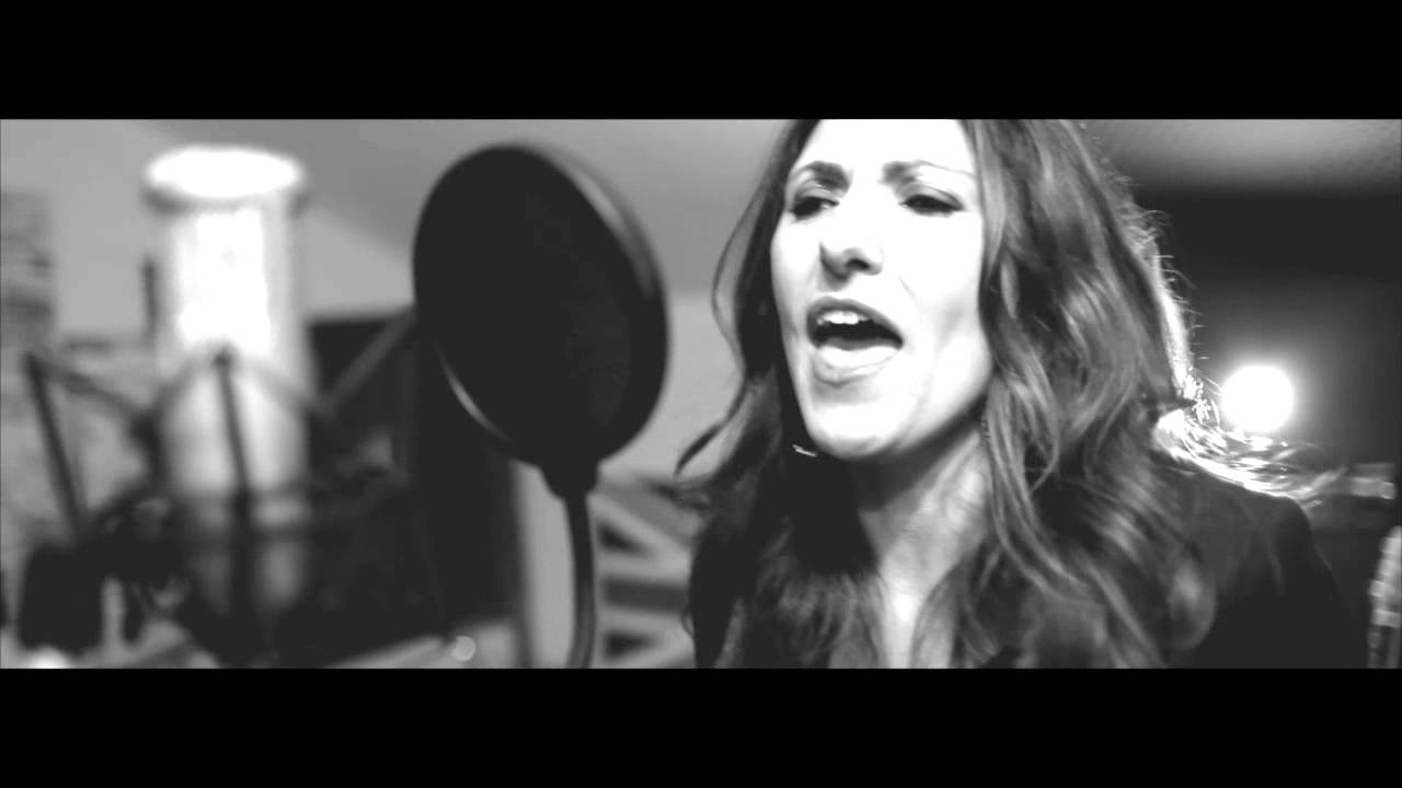 Gina Rodia - Respirar - Spanish Version - YouTube