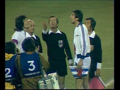 ANGLETERRE  -  LUXEMBOURG - 1977 -