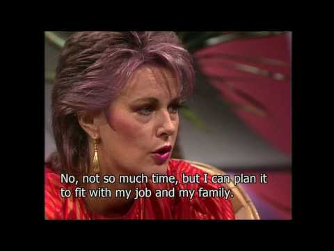 Frida in Rundt om Skoller show 1982 (interviews with English subtitles) Danish TV