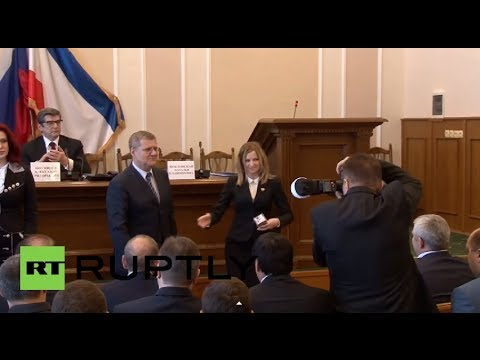 Russia: Bombshell Prosecutor General Poklonskaya gets interim papers