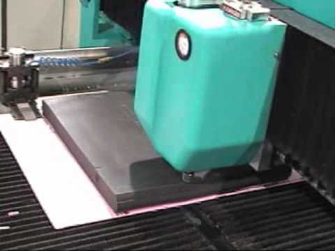 Cutting Foam with High Speed Flow Waterjet