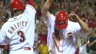 MLB: Keppinger doubles to win it for the Reds