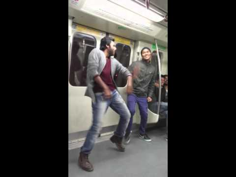 Dance in Delhi Metro