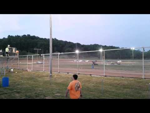 Ohio Valley Speedway Sportmod heat race