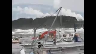 當年日本海嘯 還有一段這樣的監控視頻未曾公開 這畫面讓全世界震驚 轉眼間拍攝者自身難保