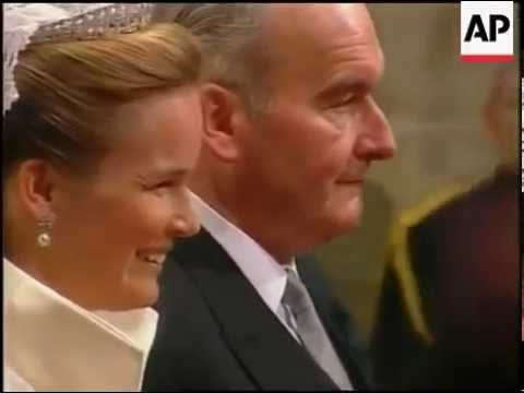 Royal Wedding, Belgium - Jonkvrouw Mathilde d'Udekem d'Acoz walks down the aisle.