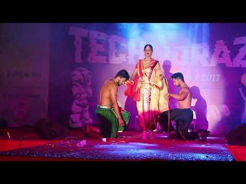Bahubali theme fashion show inter college winners