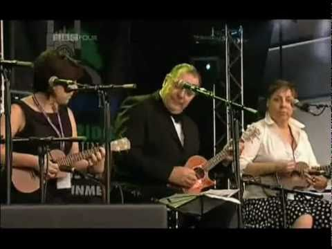 Theme from 'Shaft' - The Ukulele Orchestra of Great Britain