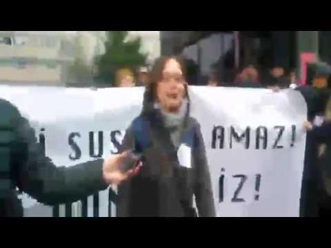 Marmara Üniversitesi'nde akademisyenlere saldırı