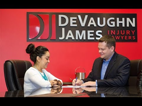 Car Accident Attorney Kansas - DeVaughn James Injury Lawyers