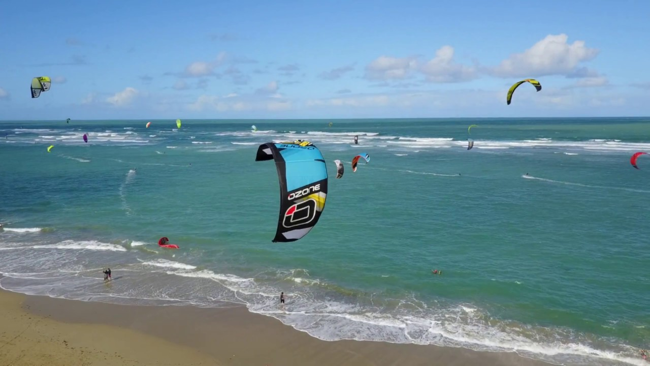 Kitesurfing Lessons In Cabarete Dominican Republic Kite Beach