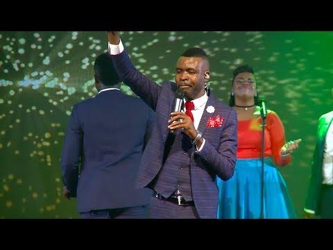 Takesure Zamar Ncube - Ngidinga Wena