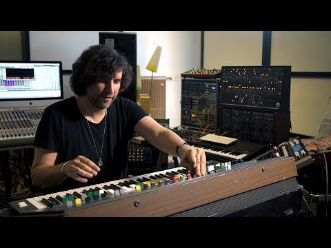 Mathew Jonson Presents His Synthesizer Favourites: Yamaha CS-60 (EB.TV)