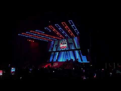 "Rich Redmond Drumming On The 2018 Jason Aldean ""Rearview Town"" Tour."