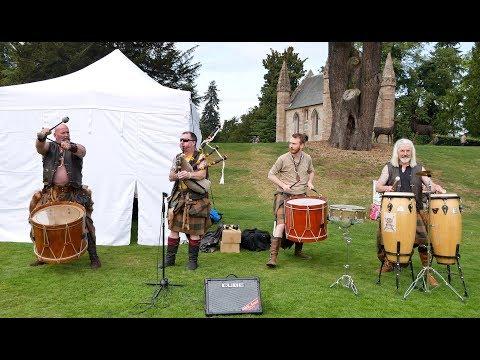 Clann an Drumma playing