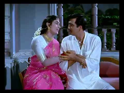 Tumhi Mere Mandir Tumhi Meri Pooja - Khandaan - Sunil Dutt & Nutan - Original HD