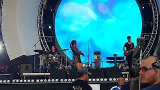 Irina Rimes Live My Favourite Man Piata Constitutiei Video