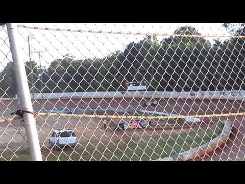 Josh Beagan qualifying at Boyds Speedway 6/29/2104