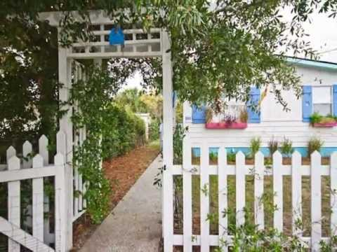 Crabby Pirate Cottage circa 1940-Mermaid Cottages Vacation Rentals-Tybee Island GA
