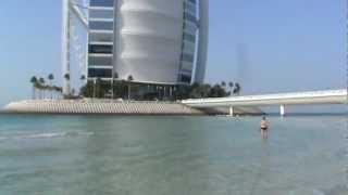 Pantai Hotel Burj Al Arab di Dubai