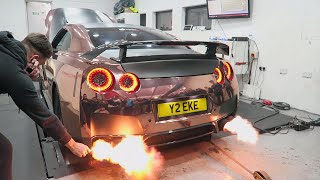 LIGHTING A CIGARETTE WITH CRAZY NISSAN GTR EXHAUST FLAMES!!