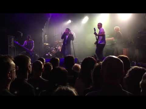 "IAMWARFACE ""YOU DON'T LOVE ME ANYMORE"" live at LEAMINGTON ASSEMBLY supporting GARY NUMAN"