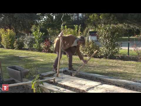 Vidéo Cultiver des tomates avec le kit Tomates Faciles - N. Bertrand