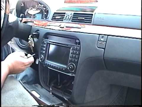 How to Remove Radio / Navigation from 2003 2004 2005 Mercedes S500