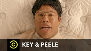 Key & Peele - Mattress Shopping - Uncensored(We know you want more Key & Peele -- indulge in the ultimate sketch experience with curated collections, GIFs, memes and an illustrated dictionary. Nooice!, 2014-10-09T21:50:05.000Z)