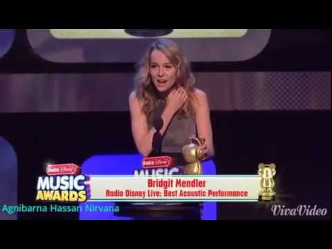 Bridgit Mendler accepts Ardy for Best Acoustic Performance at RDMA 2013