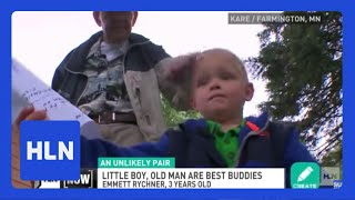 WWII veteran and toddler: Friends for life