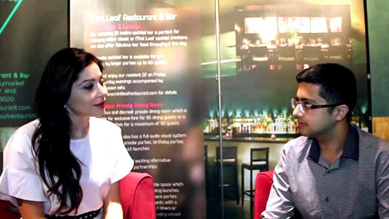 Bollywood Eye - Kanika Kapoor Interview - YouTube