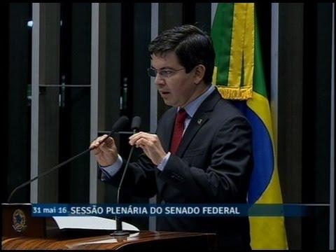 Randolfe Rodrigues critica o fim da Controladoria Geral da União