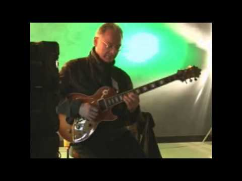 Robert Fripp - Windows Vista recording session (2006)