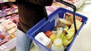 Среднестатистический Иванов меньше экономит на продуктах, но беспокоится из-за роста цен