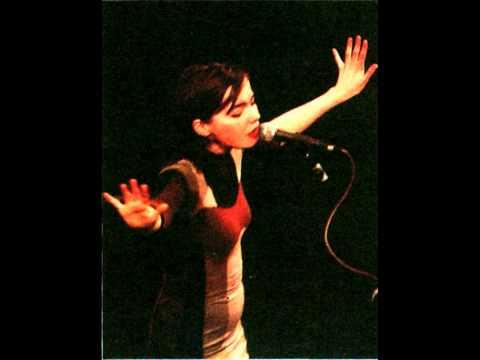 Björk - Ég Veit Ei Hvađ Skal Segja (I Don't know What To Say) - Gling-Gló - (1990) - [HD] mp3