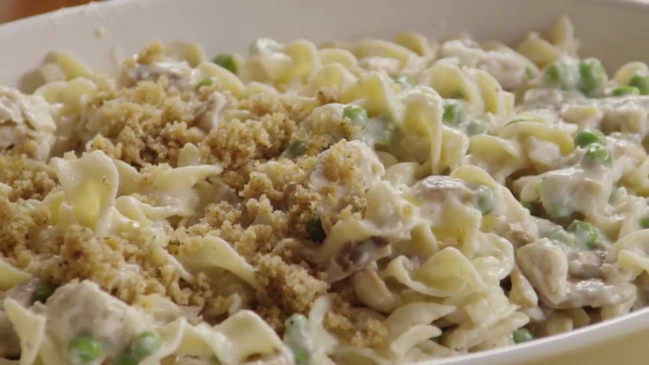 How to Make Tuna Noodle Casserole - YouTube