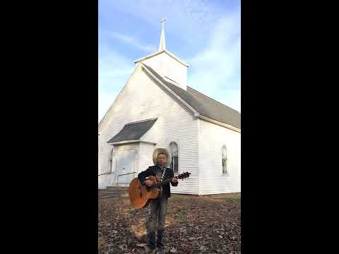 "Mason Ramsey Singing ""This Old Country Church"""