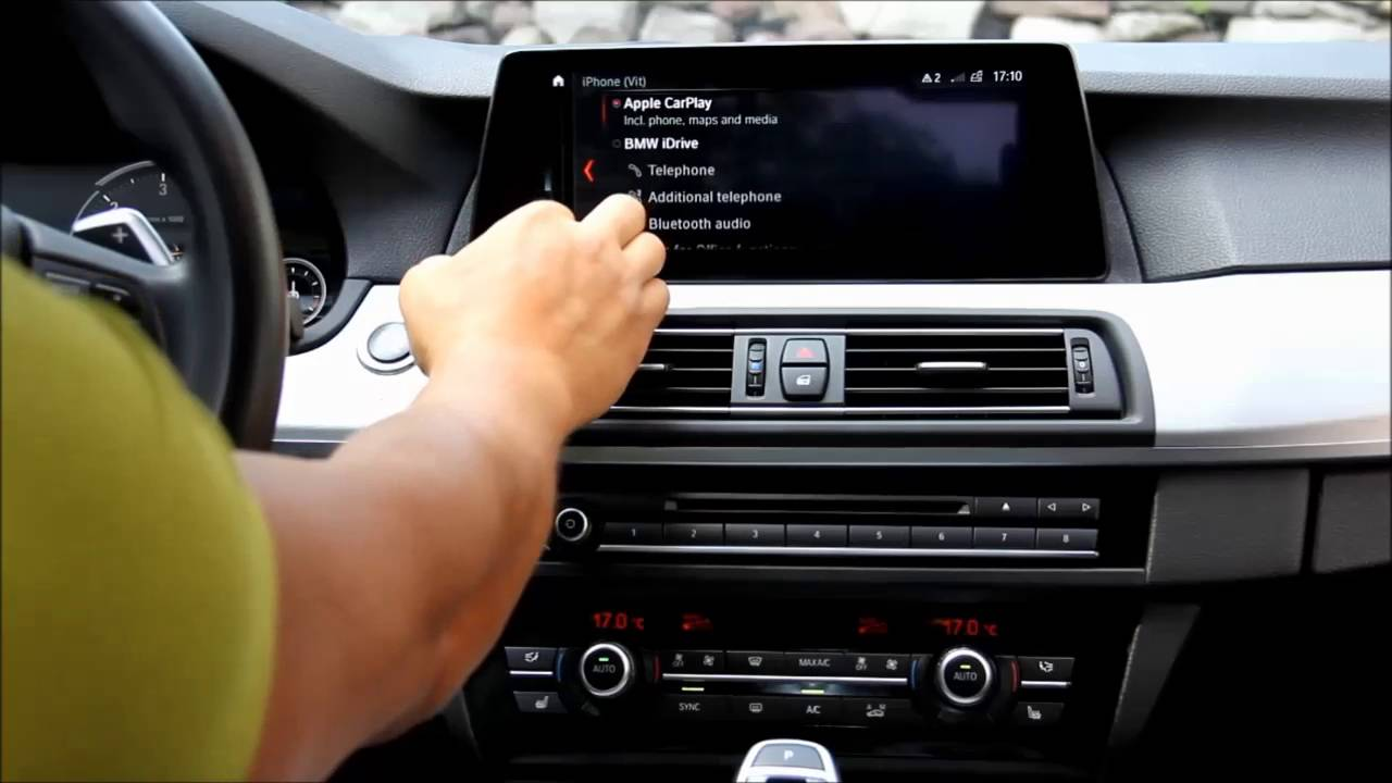 NBT EVO G30 with id6 menu and CarPlay in F10