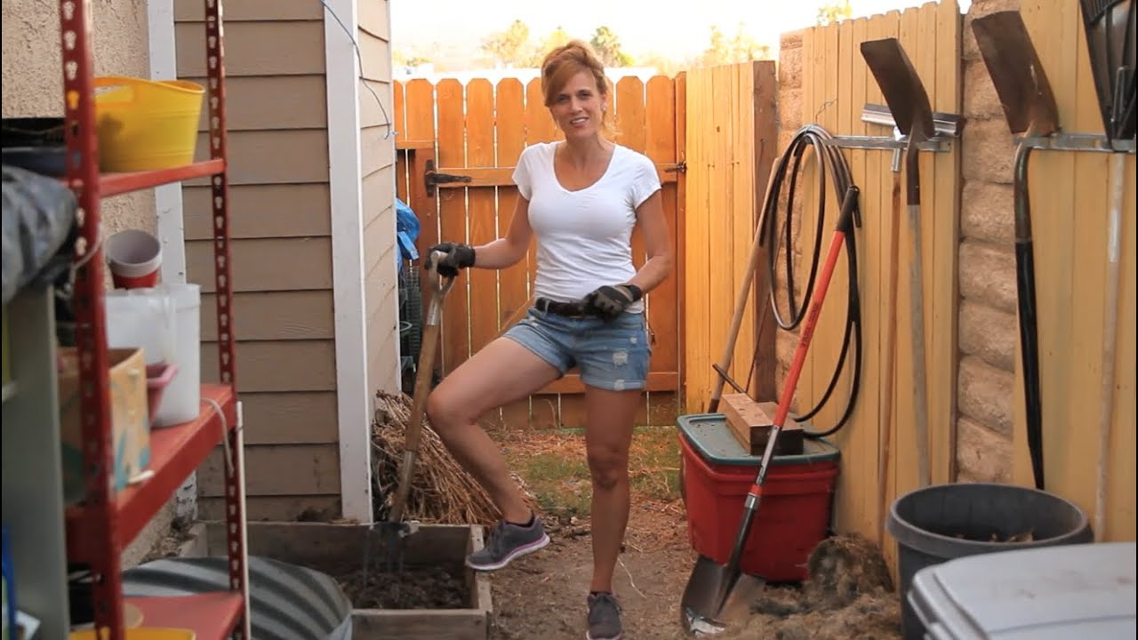 how to make compost with grass clippings youtube